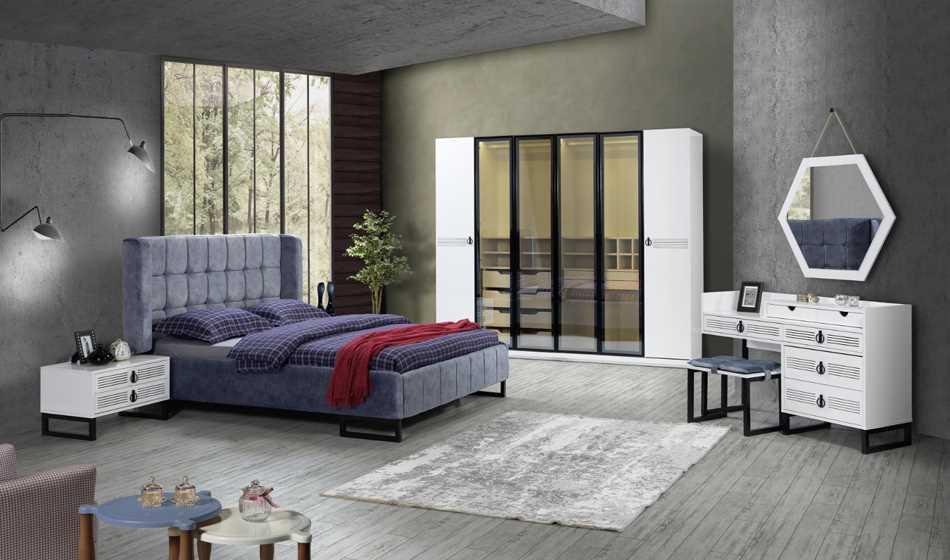 Berrak Yatak Odası