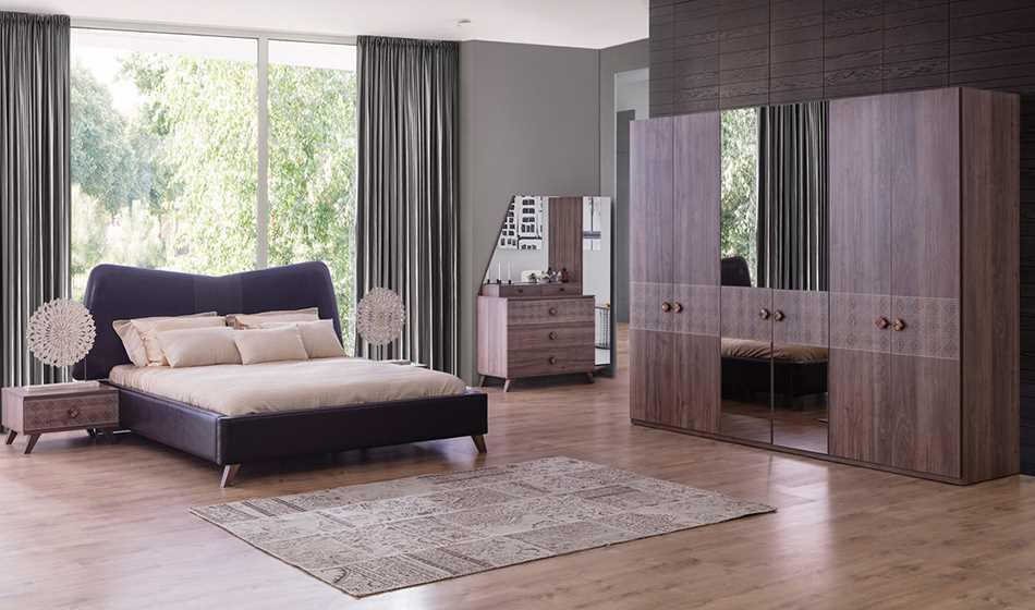 Barcelona 6 Kapılı Yatak Odası